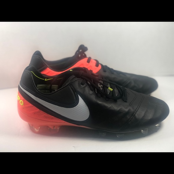 low priced bbff1 3e179 Nike Tiempo legends Acc Red Black Size 6